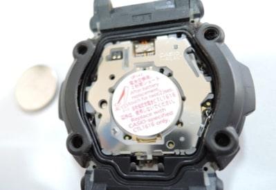 カシオタッチソーラー電池交換画像1