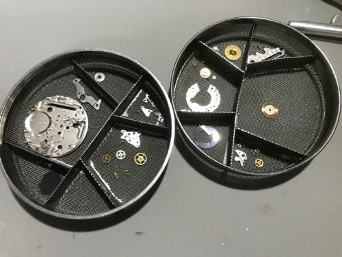 オメガシーマスター(電池式)オーバーホール画像2