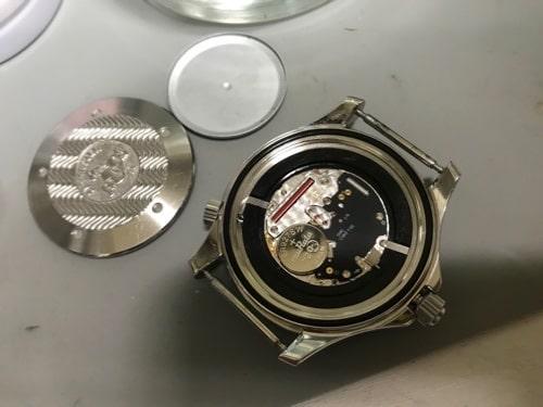 オメガシーマスター(電池式)オーバーホール画像3