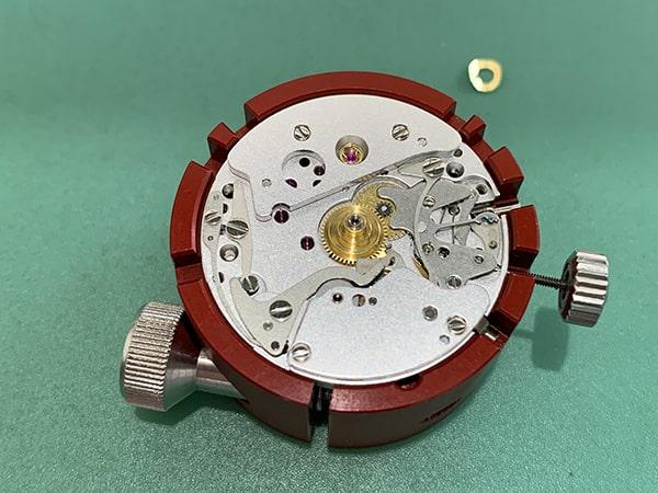 オメガスピードマスターの修理画像4